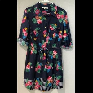 Juniors Tropical Navy Rolled Sleeve Dress Size XL